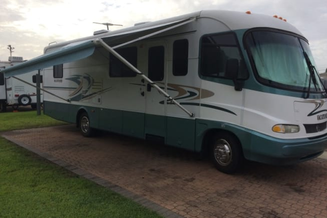 1999 Holiday Rambler Vacationer available for rent in Snellville GA