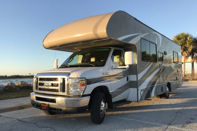 2016 Thor Motor Coach Four Winds available for rent in Tampa FL
