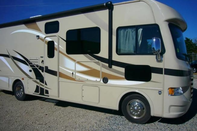 2015 Thor Motor Coach A.C.E available for rent in Haltom City TX