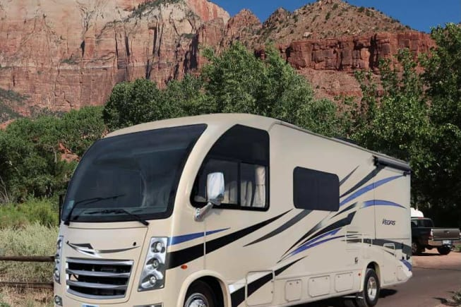 2018 Thor Motor Coach Vegas available for rent in Las Vegas NV