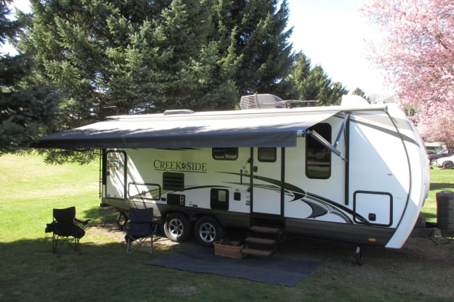2016 Outdoors Rv Manufacturing Creek Side available for rent in Puyallup WA