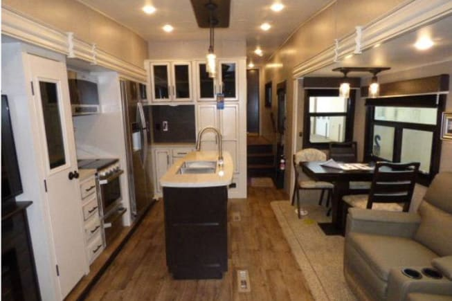 2019 Jayco Eagle 355MBQS available for rent in Richmond Hill GA