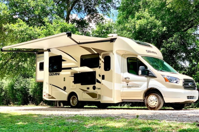 2018 Thor Motor Coach Gemini available for rent in Spring TX