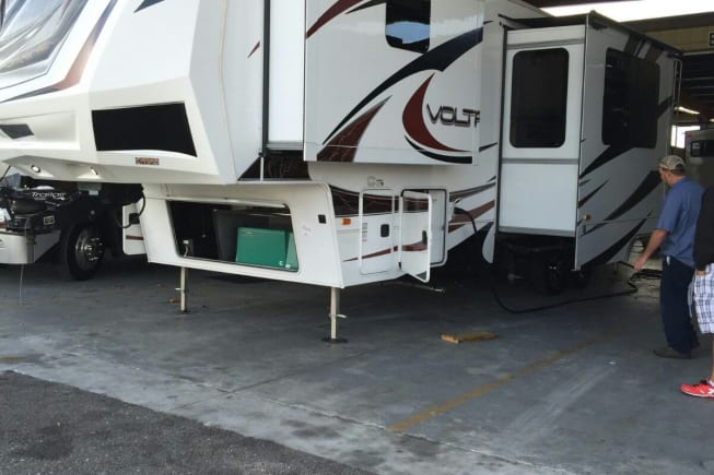 2012 Dutchmen Voltage available for rent in Minneola FL