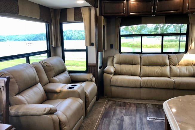 2017 Forest River Cardinal available for rent in Naples FL