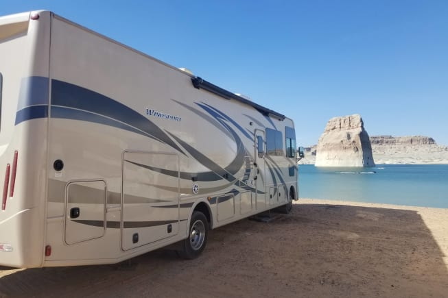 2017 Thor Motor Coach Windsport 34J available for rent in Tallahassee FL