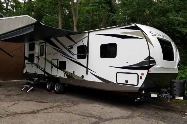 2020 Palomino Solaire Ultra Lite 268BHSK available for rent in Waterford MI