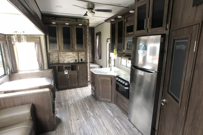 2019 Forest River Cherokee Arctic Wolf available for rent in Redmond OR