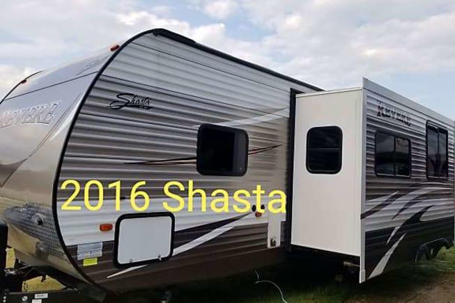 2016 Shasta Revere