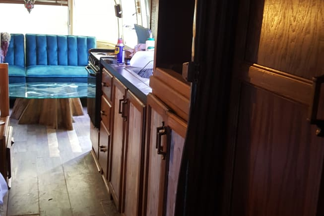 1987 Airstream Excella available for rent in Sevierville TN