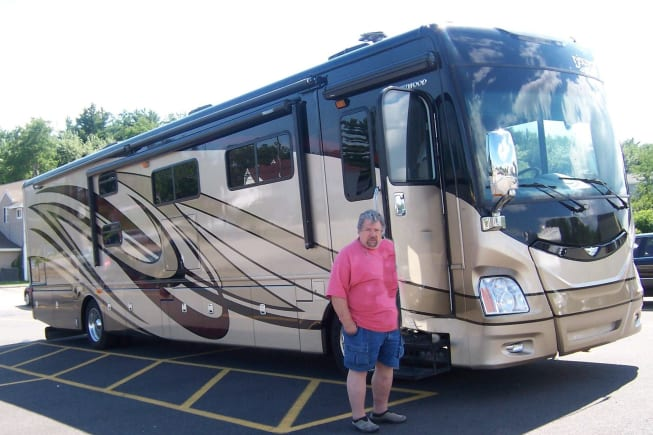 2014 Fleetwood Discovery available for rent in Chuluota FL