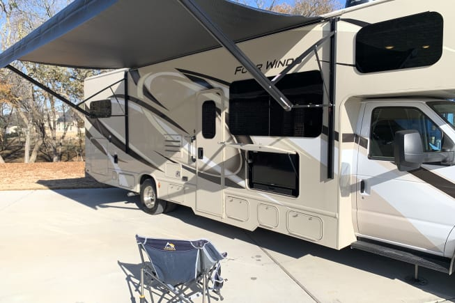 2020 Thor Motor Coach Four Winds available for rent in Prosper TX