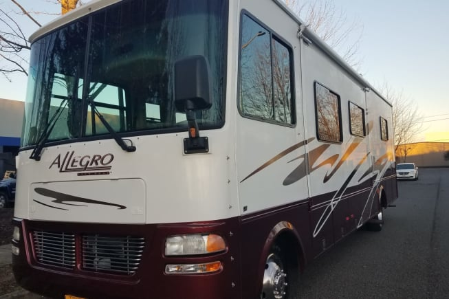 2005 Tiffin Motorhomes Allegro Open Road available for rent in Portland OR