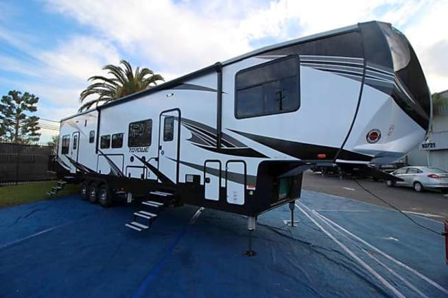 2019 Heartland Torque TQ416 available for rent in Fort Worth TX