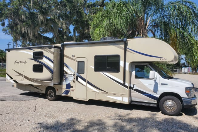 2017 Thor Motor Coach Four Winds available for rent in Tampa FL