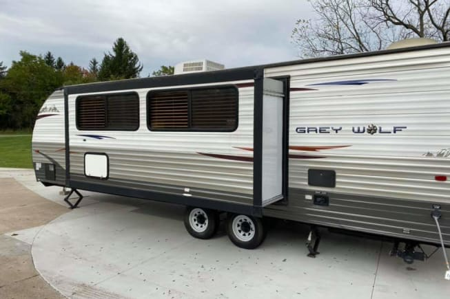 2014 Forest River Cherokee Grey Wolf available for rent in Grand Rapids MI