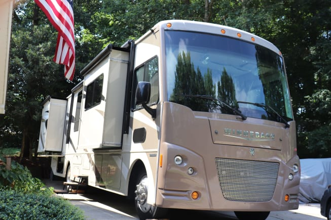 2016 Winnebago Vista LX 36Y available for rent in Simpsonville SC