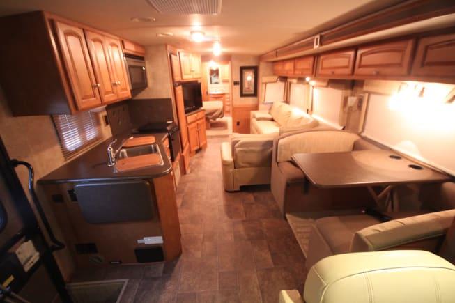 2013 Winnebago Vista available for rent in Phoenix AZ