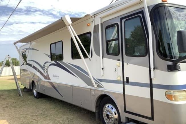 2000 Holiday Rambler Endeavor available for rent in Cypress TX