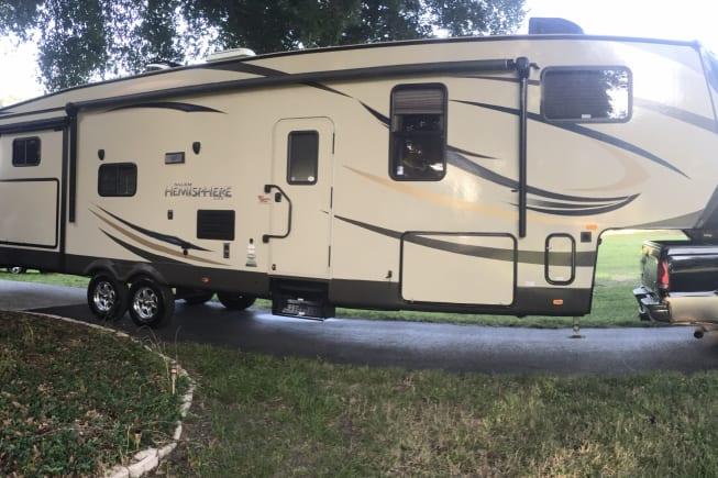 2015 Forest River Salem Hemisphere available for rent in Eustis FL