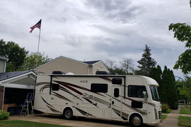 2019 Thor Motor Coach A.C.E available for rent in Bolingbrook IL