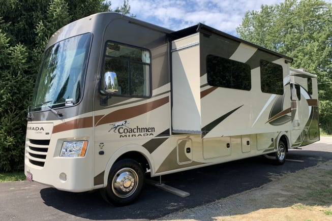 2017 Coachmen Mirada available for rent in Frankfort IN