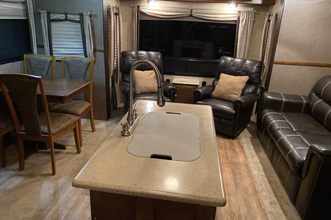 2016 Forest River Hemisphere lie 286rl available for rent in Holden LA