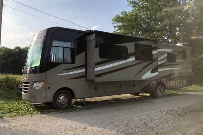 2016 Coachmen Mirada available for rent in Paris KY