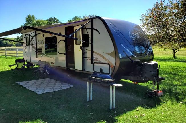 2015 Coachmen Apex available for rent in Pinckney MI