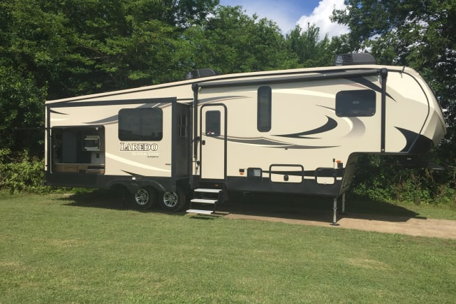 2018 Keystone Laredo available for rent in Denison TX