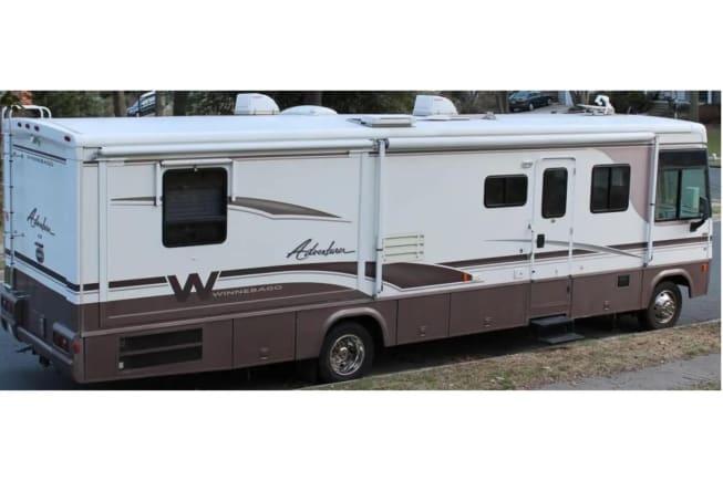 2000 Winnebago Adventurer available for rent in Mcdonough GA