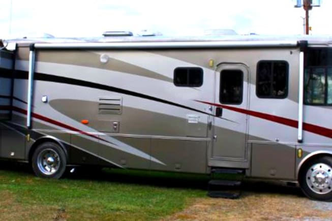 2002 Newmar Mountain Aire available for rent in Coventry RI