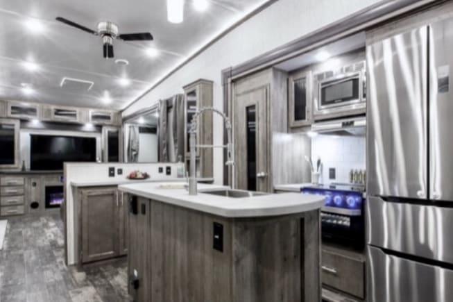 2019 Forest River Sabre available for rent in Breaux Bridge LA