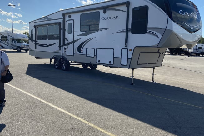 2021 Keystone Cougar available for rent in Brown deer WI
