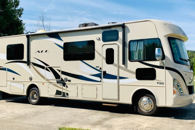 2017 Thor Motor Coach A.C.E available for rent in Waynesville NC