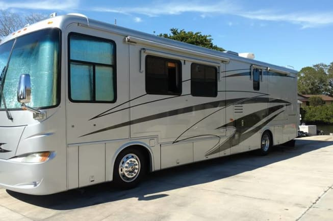 2006 Newmar Ventana available for rent in Fort Pierce FL