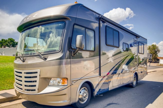 2013 Thor Motor Coach A.C.E available for rent in Prosper TX
