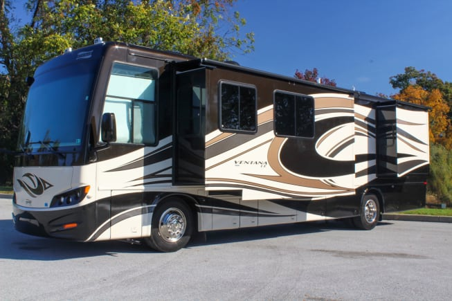 2012 Newmar Ventana Le available for rent in Exton PA