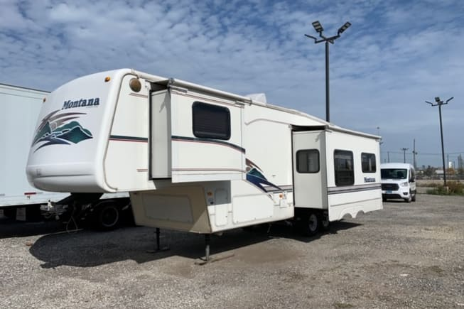 2000 Keystone Montana available for rent in chicago IL