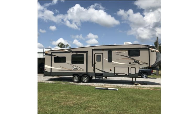 2014 Forest River Chaparral available for rent in Jeanerette LA