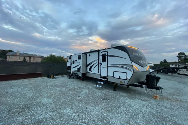 2020 Keystone Cougar available for rent in National city CA