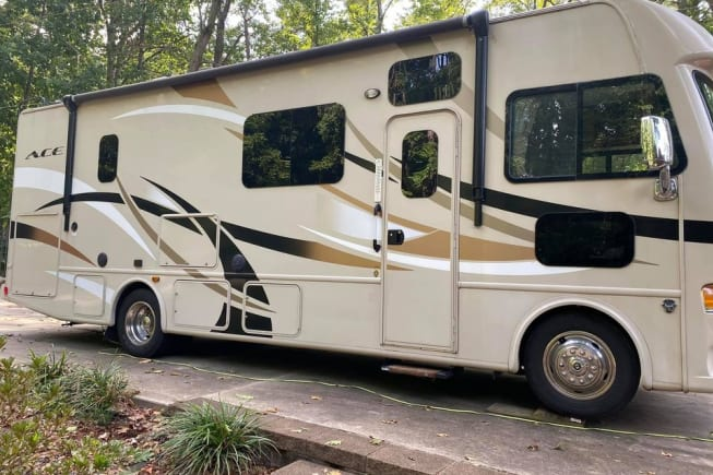 2015 Thor Motor Coach A.C.E available for rent in Acworth GA