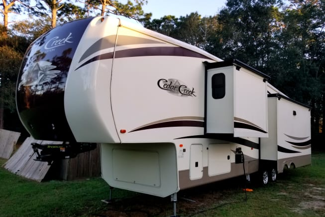 2018 Forest River Cedar Creek Fifth Wheel available for rent in Ocala FL