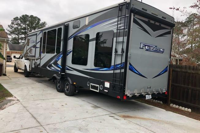 2015 Keystone Fuzion available for rent in Chesapeake VA