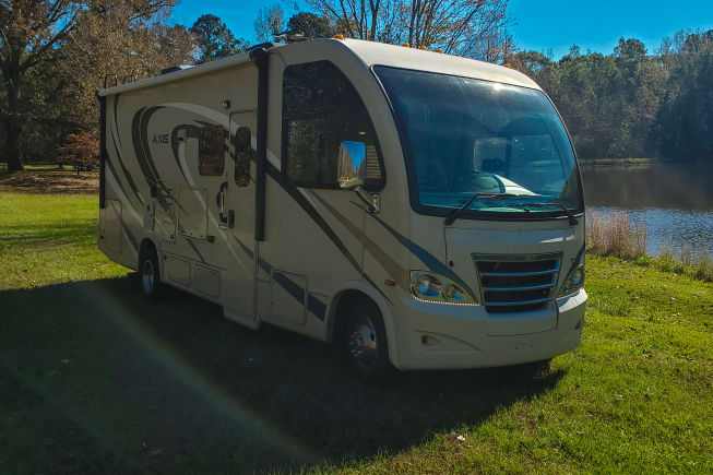 2017 Thor Motor Coach Axis available for rent in Macon GA