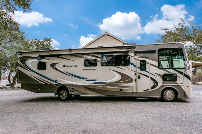 2019 Thor Motor Coach Windsport available for rent in San Antonio TX