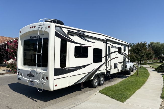 2014 Keystone Montana available for rent in Friant CA