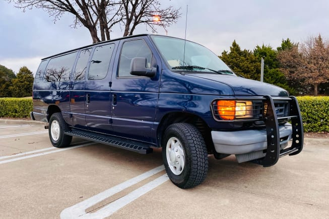 2006 Ford Ford E350 available for rent in Richardson TX