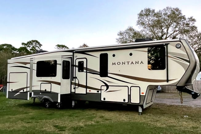 2017 Keystone Montana available for rent in Fort pierce FL