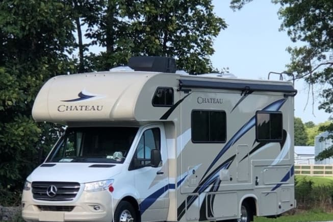 2020 Thor Motor Coach Chateau available for rent in BRONSON MI